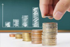 """Das Thema """"Auszahlung der Lebensversicherung und die Steuer"""" betrifft viele Versicherte."""