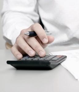 Eine fondsgebundene Lebensversicherung beitragsfrei stellen zu lassen, sollte gut überlegt sein.